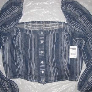 NEW w/TAGS DENIM BLUE & WHITE CROP TOP BLOUSE, Lrg